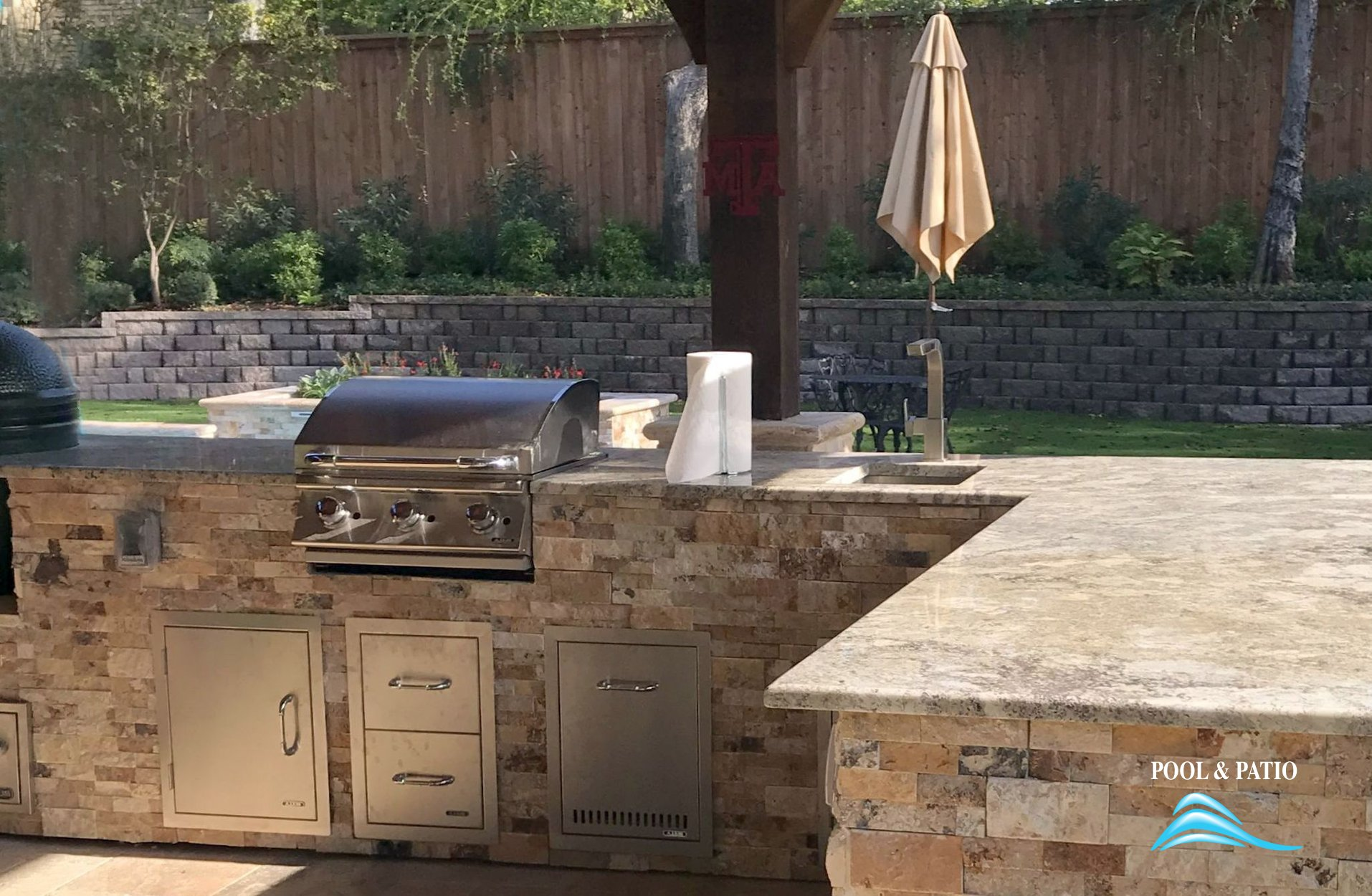 ... Outdoor Kitchen #002 By Pool And Patio ...